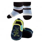 Комплект для младенцев - кроссовки (пинетки)  + носки