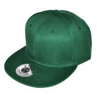 Зеленая кепка с прямым козырьком