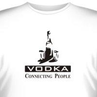 """Футболка """"Vodka - Connecting People"""" (1)"""