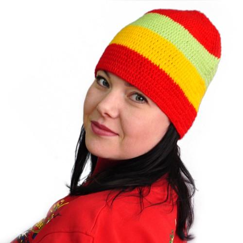 Вязаная шапка -ушанка. схема вязания шапки.  На этой фотографии.