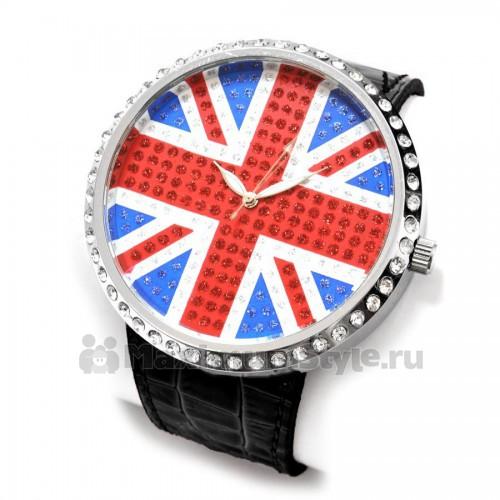 наручные часы с британским флагом