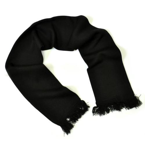 Черный шарф